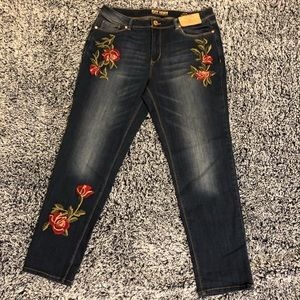 Ruff Hewn size 12 embroidered rose jeans NWT!